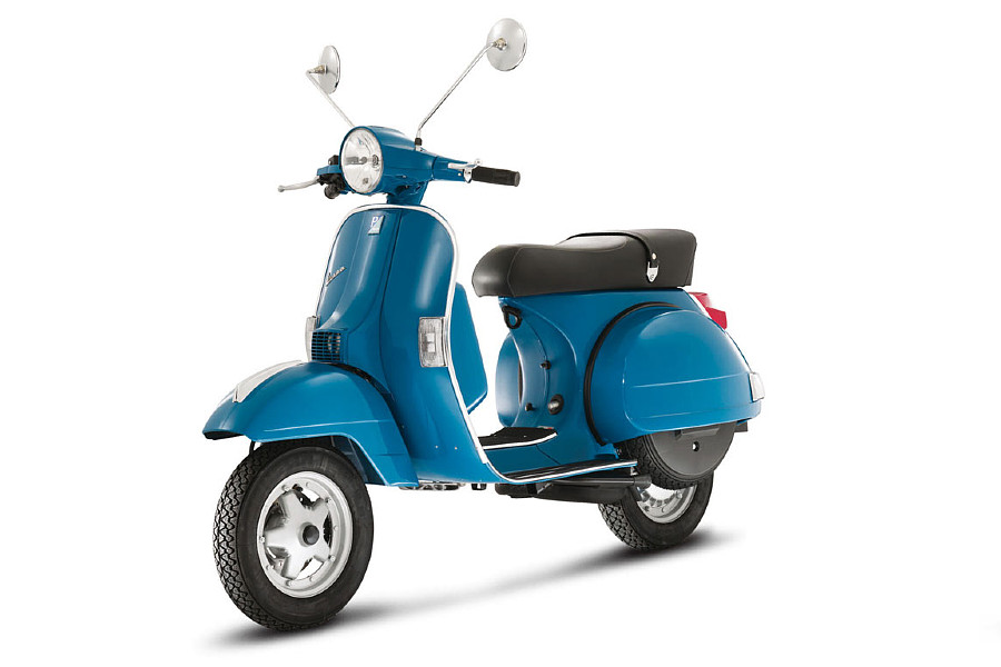 Vespa PX 150 from the front, right