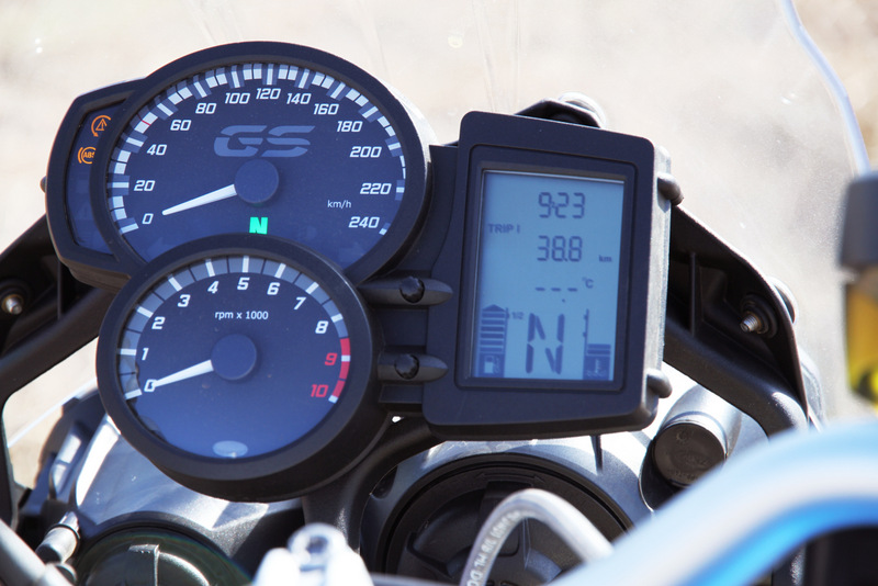 Instruments of the 2012 BMW F 800 GS