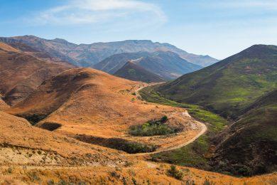 Ongeluksnek Pass Lesotho