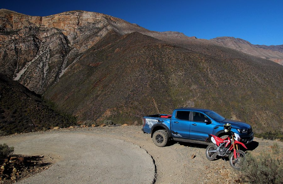 Ford Ranger Raptor and Honda CRF250L on Elands Pass, Gamkaskloof (Die Hel)