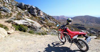 Honda CRF250 on top of Swartberg pass